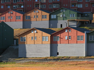 longyearbyen_5_houses