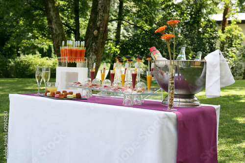 Papiers peints Buffet, Bar Cocktail violet orange