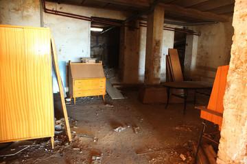 interno vecchia casa