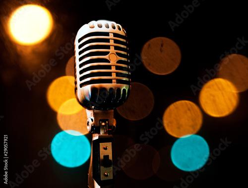 fondo musical con microfono