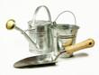 arrosoir, bèche et seau en zinc