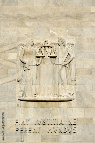 high-relief at law courts #2, milan