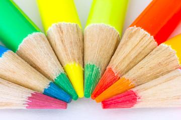 extreme colors pencils