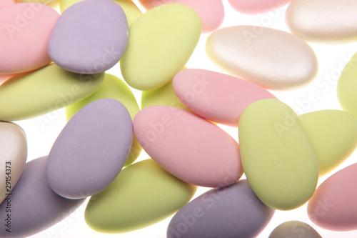 dragées multicolores