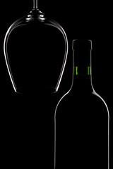 Weinflasche und Glas