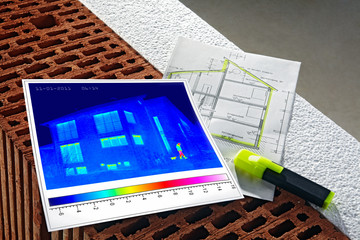 thermal imaging of a house and wall construction