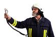 Feuerwehrmann beim absichern