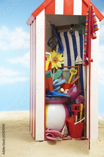 Beach storage cabin with beach toys