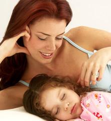 Durmiendo a mi hija.