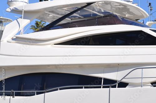 Fotobehang Water Motorsp. yacht de luxe moderne, french riviera côte d'azur