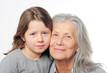 Oma und Enkelin