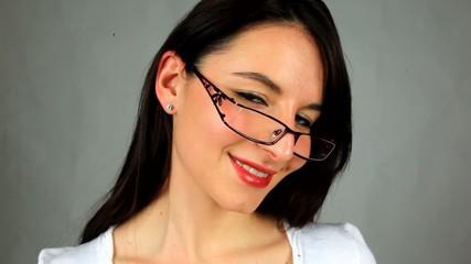 la belle aux lunettes....2