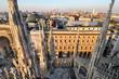 Piazza Duomo a Milano vista dal tetto del Duomo