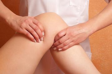 physiotherapeutische Behandlung des Kniegelenkes