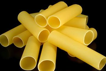 Cannelloni tubes - random heap