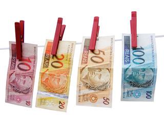 Dinheiro_Varal