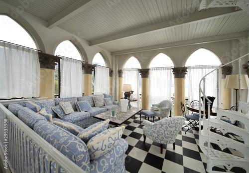 interno di salotto in stile liberty immagini e