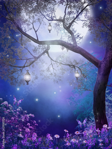 Zaczarowana łąka z fioletowymi kwiatami