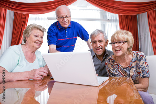 Seniors addicted to new technologies