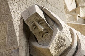 scultura sulla facciata della sagrada familia