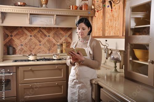 la cuisiniére © kmlbak