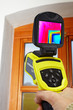 infrared camera used for analysing a window