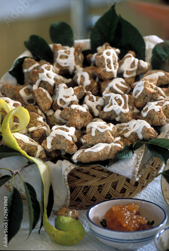 Dolci tipici pasquali sicilia italia di luigi nifos for Dolci tipici roma