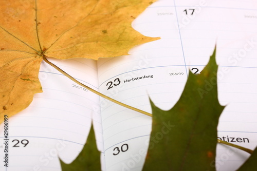 Kalender  Herbstanfang  - 29686999