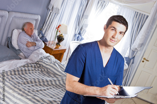 Doctor writing a diagnose