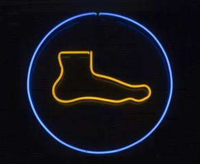 Foot neon signage