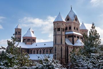 Kloster Maria Laach im Schnee