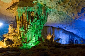 Пещера Сунг Сот (Вьетнам)