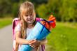 Kind am ersten Schultag