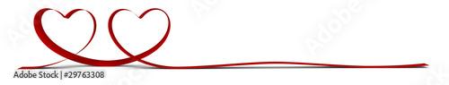Ruban rouge 3d en forme de cœurs