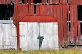 Dvere stodoly zadebnený