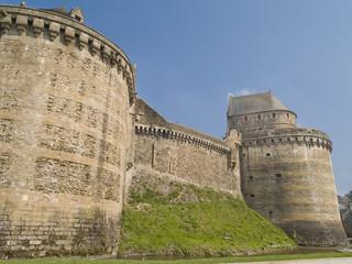 Fougeres, pequeña ciudad medieval situada en Bretaña (Francia