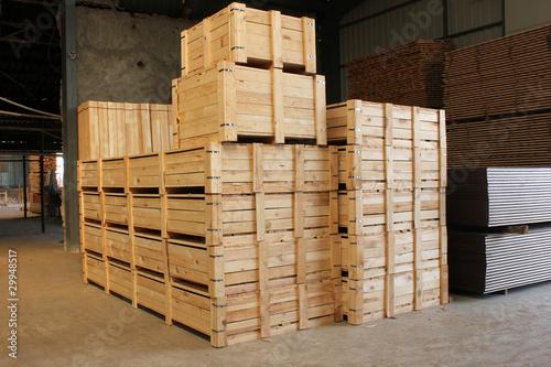 wooden box - 29948517