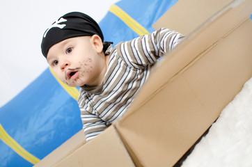 Baby als Pirat