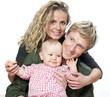 jeune couple et enfant blonds modernes