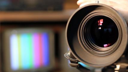 Zooming Video Camera Lens