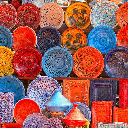 earthenware in tunisian market - 30010967
