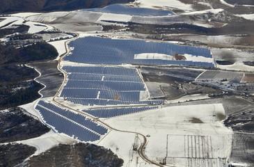Centrale solaire en hiver