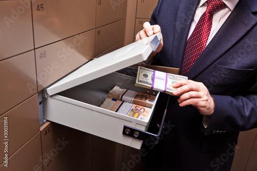 Schließfach in einem Bank Tresor