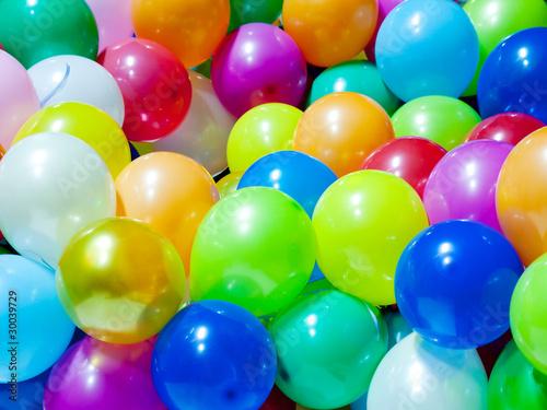 Colorful balloons © maxoidos