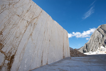 quarries carrara