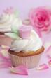 rosa Rose auf Cupcake