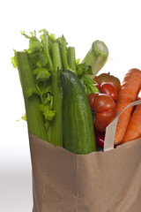 Papiertüte mit Gemüse #2