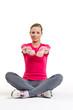jung frau trainiert die brustmuskulatur 02