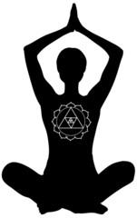 Padmasana. Yoga posizione del loto con mani in alto.