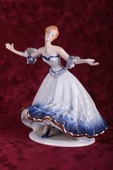 фарфоровая танцовщица